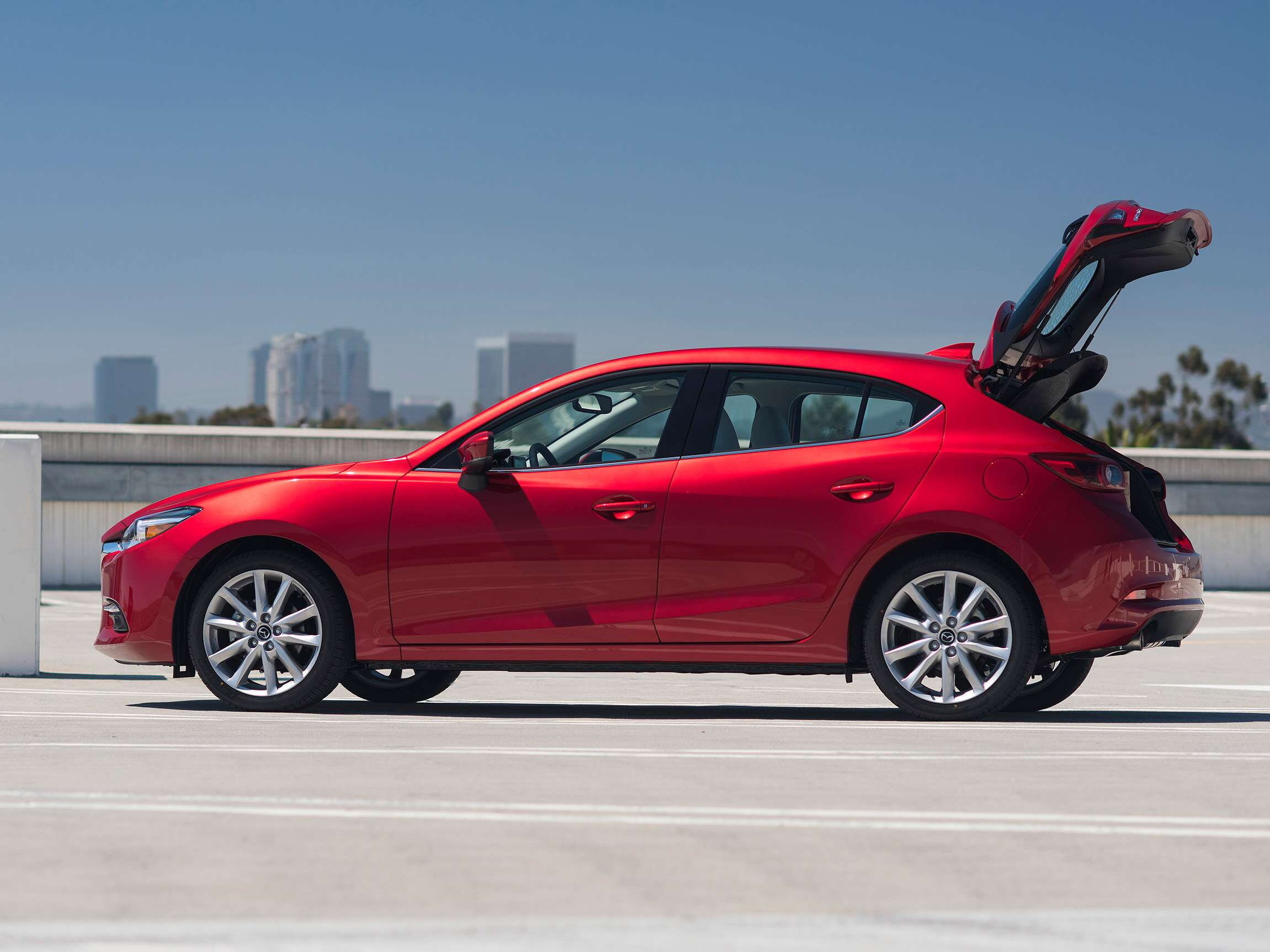the 2017 mazda3 5 door grand touring review the compact car perfectly executed the drive. Black Bedroom Furniture Sets. Home Design Ideas