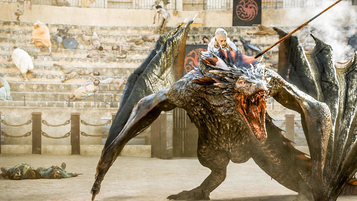 Daenerys Targaryen Dany on Drogon Daznaks Pit - چگونه میتوان یک اژدها را کشت؟ اژدهاکشی در بازی تاج و تخت و افسانه ها