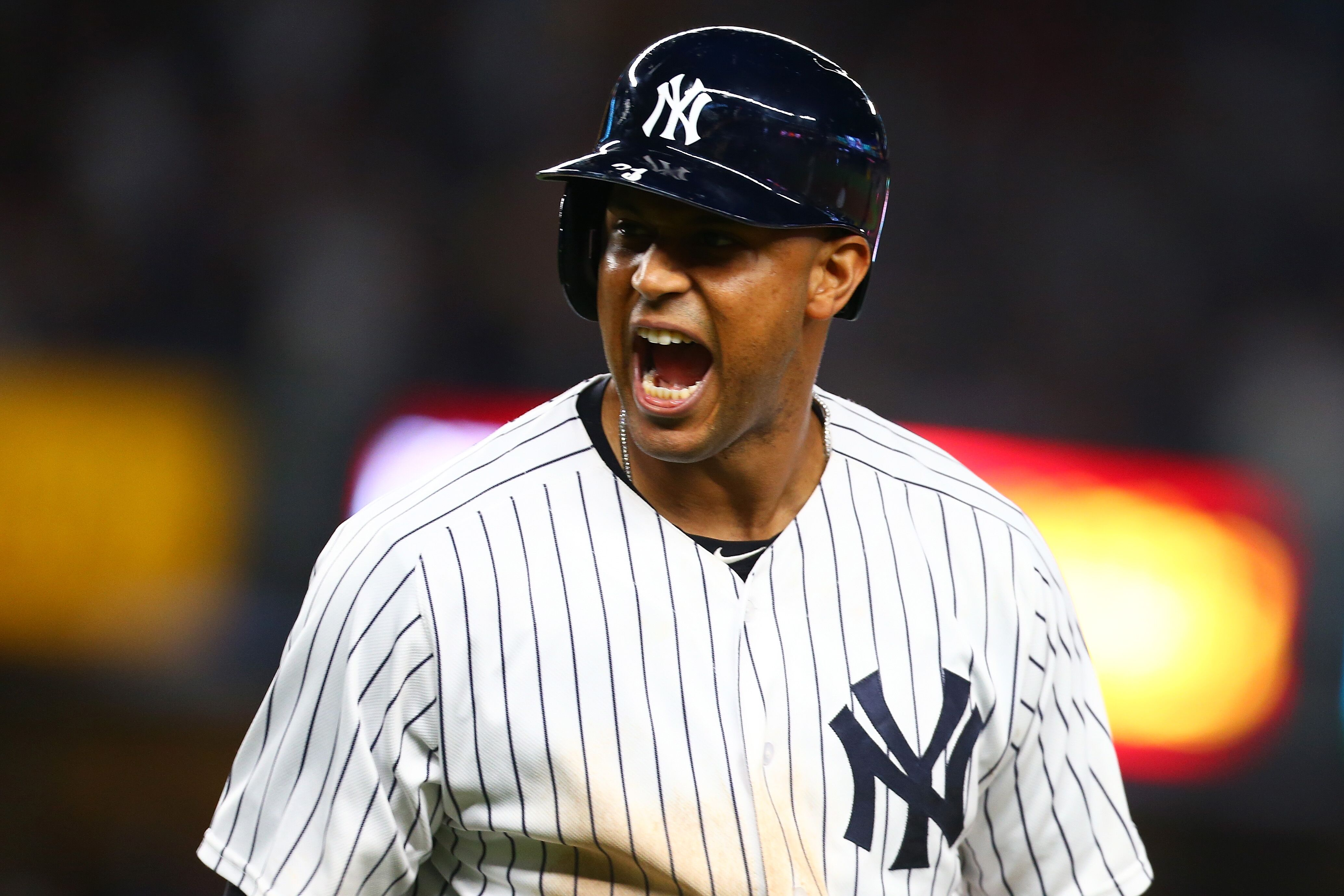 Yankees: Hicks injects a dose of energy as Bombers rally for win