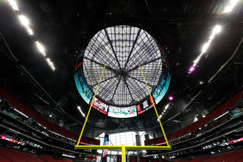 Tennessee football 5 takeaways from vols 42 41 ot win vs gt for Inside mercedes benz stadium