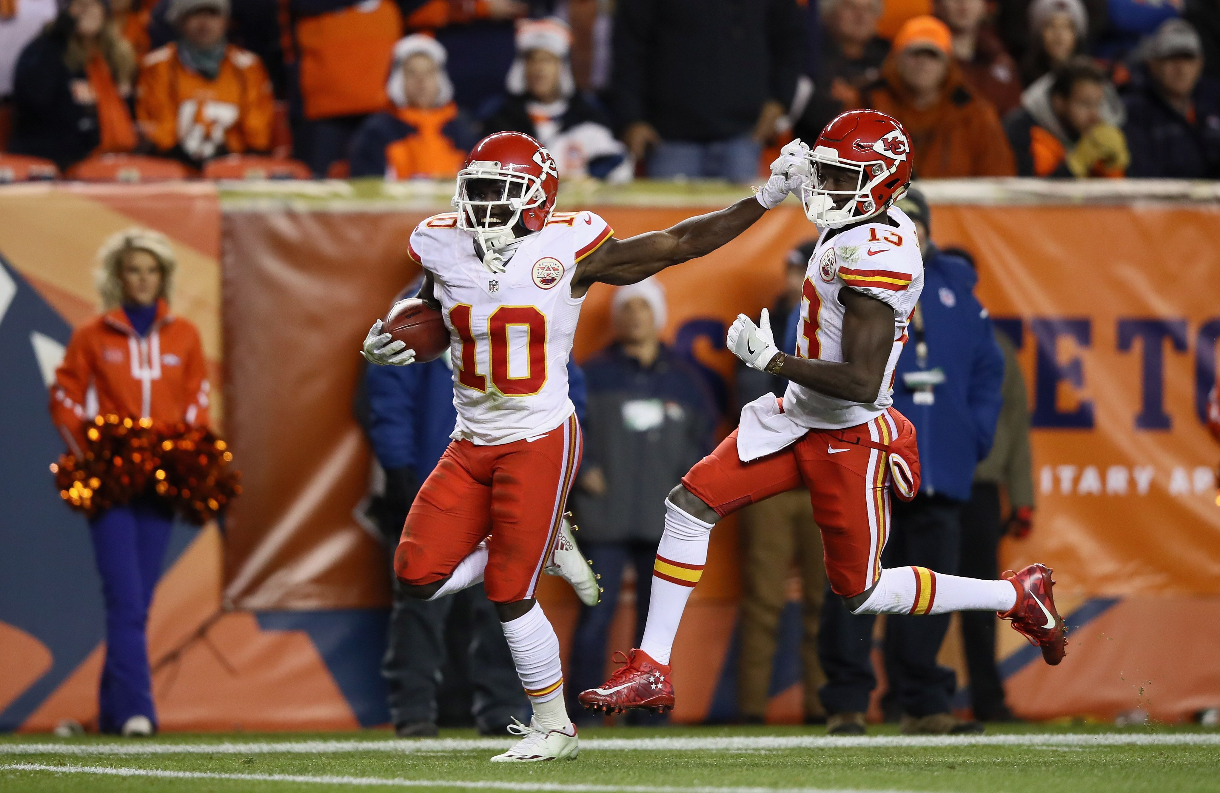 Watch De'Anthony Thomas return a 95-yard kickoff for a ...