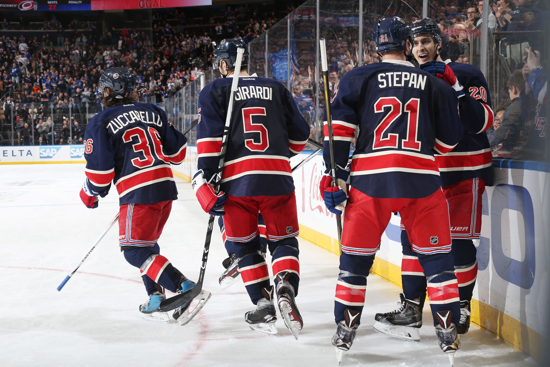 NHL Play by Play - New York Islanders vs. New York Rangers