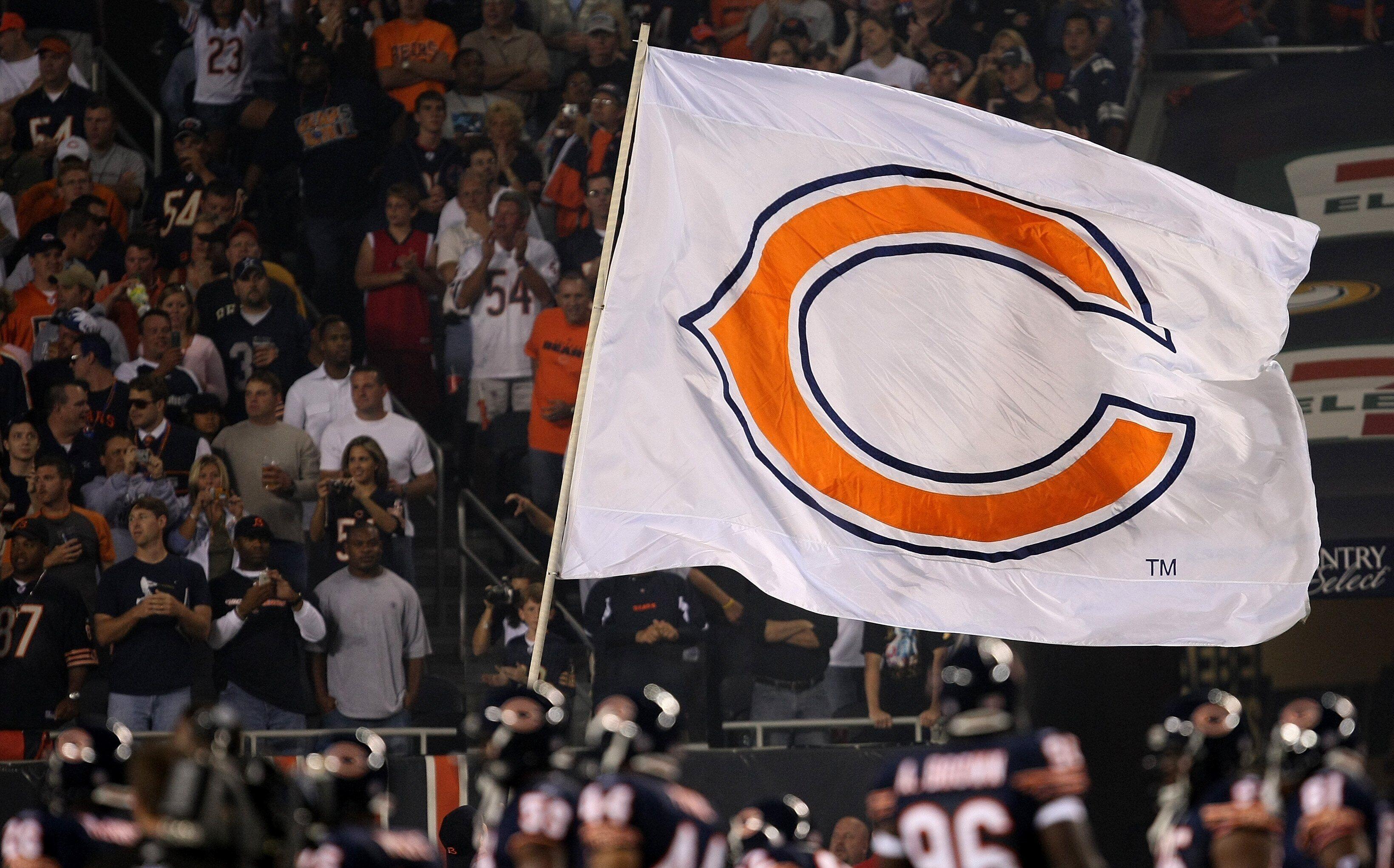 who do the chicago bears play tomorrow