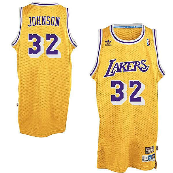 05b6c029920 Mitchell & Ness Los Angeles Lakers #8 Kobe Bryant Purple 1997 Authentic  Hardwood Classics Road Jersey