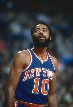 official photos 8e1da f78a3 New York Knicks Guide: Franchise History, Social Media