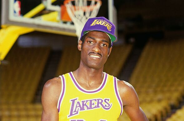 7b2adc386 Los Angeles Lakers  3 other legends whose numbers should be retired ...