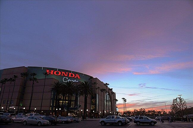 Honda Center Rated As Second Worst Arena In Nhl By Stadium Journey