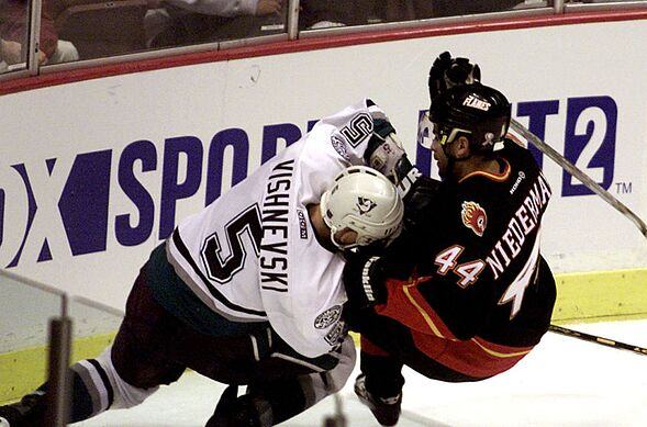 low priced e0719 a8888 Anaheim Ducks 25th Anniversary: Best player to wear jersey ...