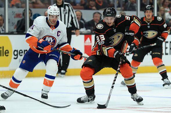 Pre-Game Puck Drop  Anaheim Ducks vs New York Islanders 08b415aaa