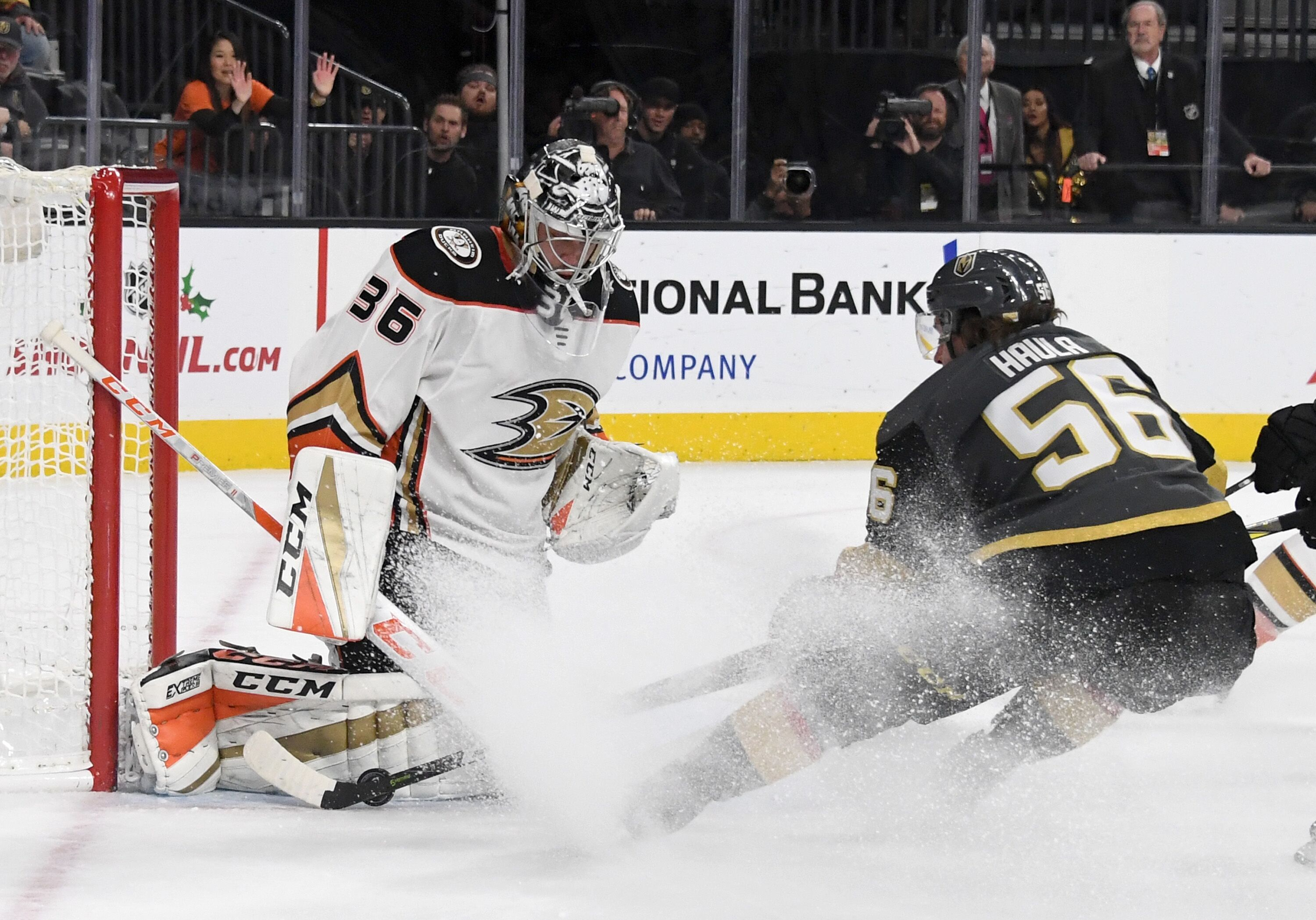 886758162-anaheim-ducks-v-vegas-golden-knights.jpg