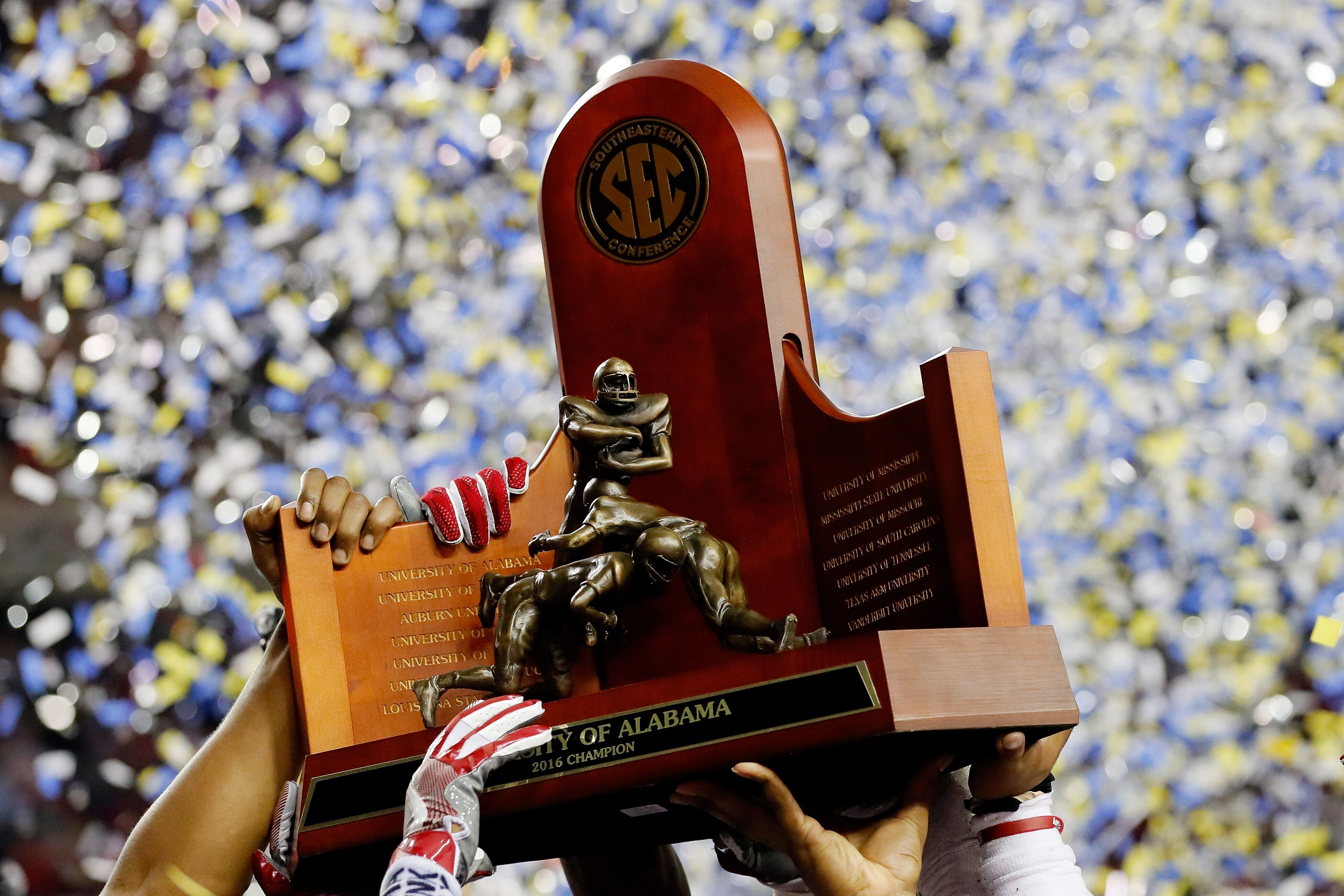 The 2017 college football season is only days away and today we re projecting every SEC team s record for the 2017 season
