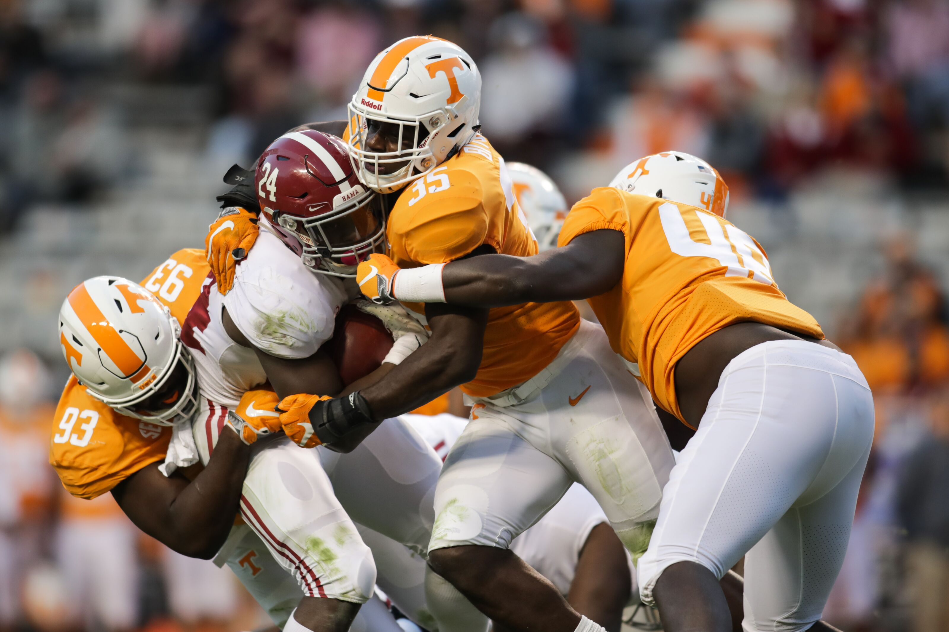 Tennessee Football: Versatility is key for Vols defense in ...