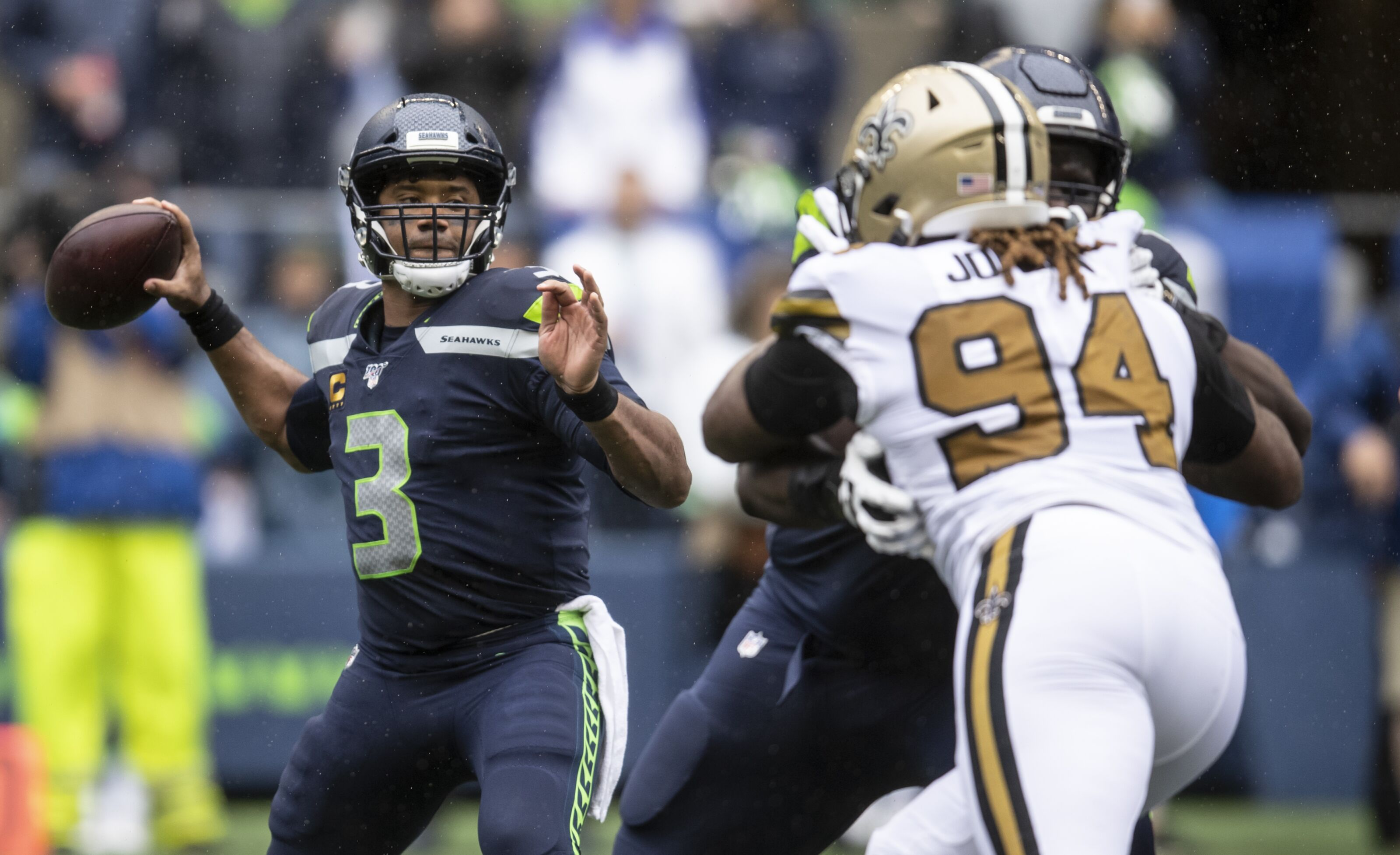 Seahawks lose to Saints in sickeningly embarrassing fashion