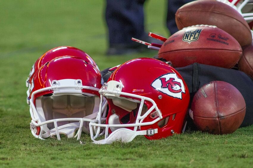 Vegas Odds Have Chiefs As Playoff Outsiders