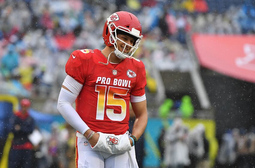 11786d4d331 Patrick Mahomes named offensive MVP in his first Pro Bowl appearance