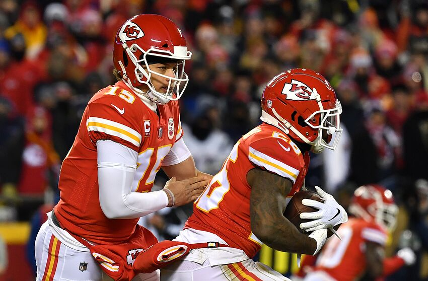 80d52afd4 New England Patriots stun Kansas City Chiefs in 37-31 overtime thriller