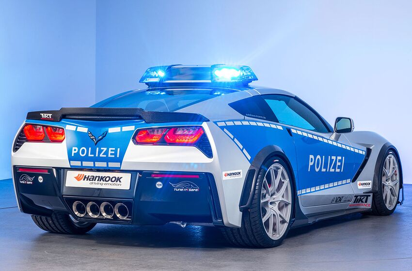 Corvette Police Car: Corvette Police Car: C7 Stingray For German Police Unveiled