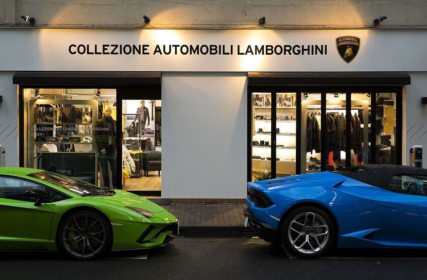 Japan Gets Its First Official Lamborghini Store At Ginza