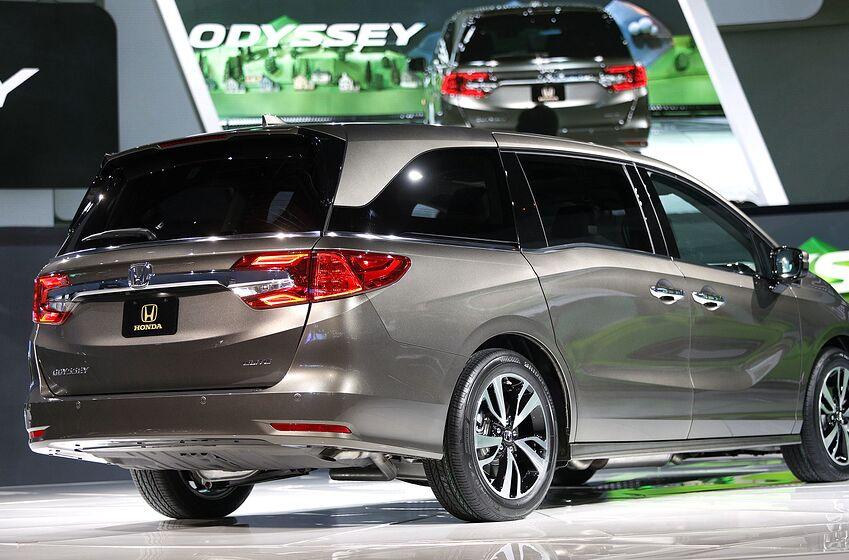 Detroit Mi January 9 The 2018 Honda Odyssey Minivan Is Shown At Its