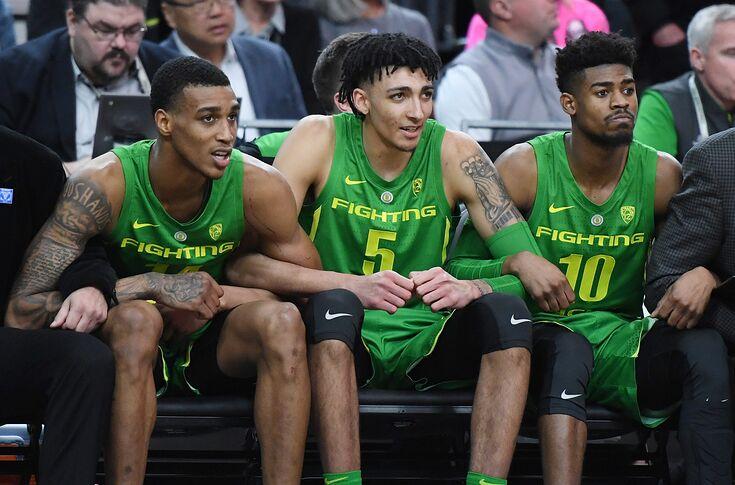 Two Oregon Ducks Basketball Players Enter Transfer Portal