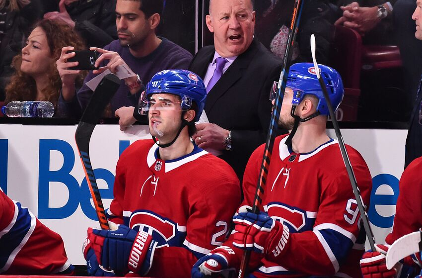 MONTREAL, QC - JANUARY 12: Head coach of the Montreal Canadiens Claude Julien gives out instructions to his team against the Colorado Avalanche during the NHL game at the Bell Centre on January 12, 2019 in Montreal, Quebec, Canada. (Photo by Minas Panagiotakis/Getty Images)