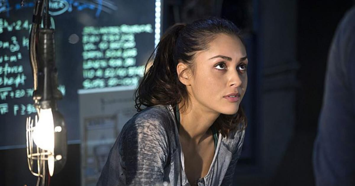 Lindsey Morgan Rumored To Play Batgirl In Dceu Film