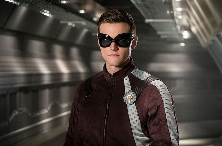 how to watch the flash live online