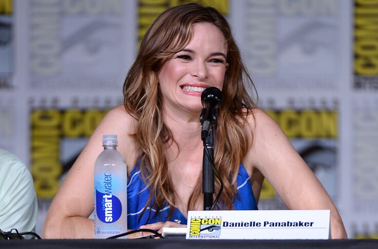 The Flash: Danielle Panabaker will direct an episode of Season 5