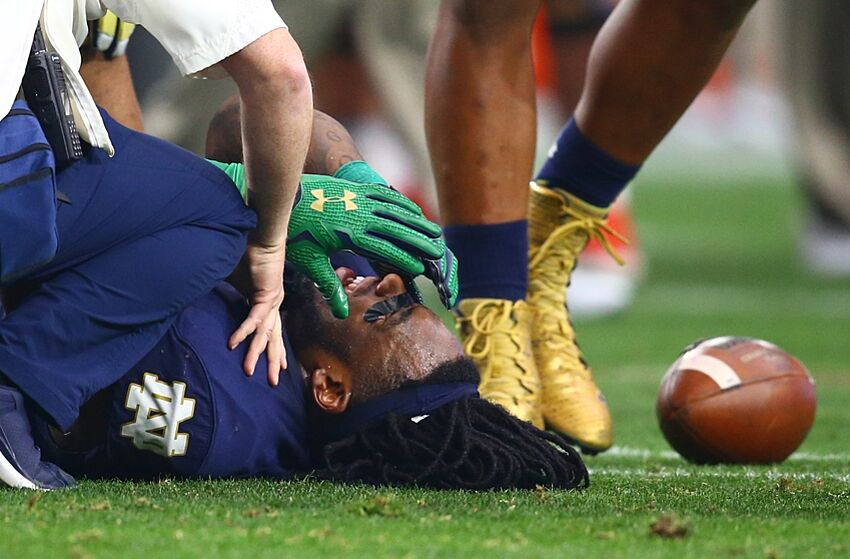 35fd99e6 Can Jaylon Smith up his draft status to round two?