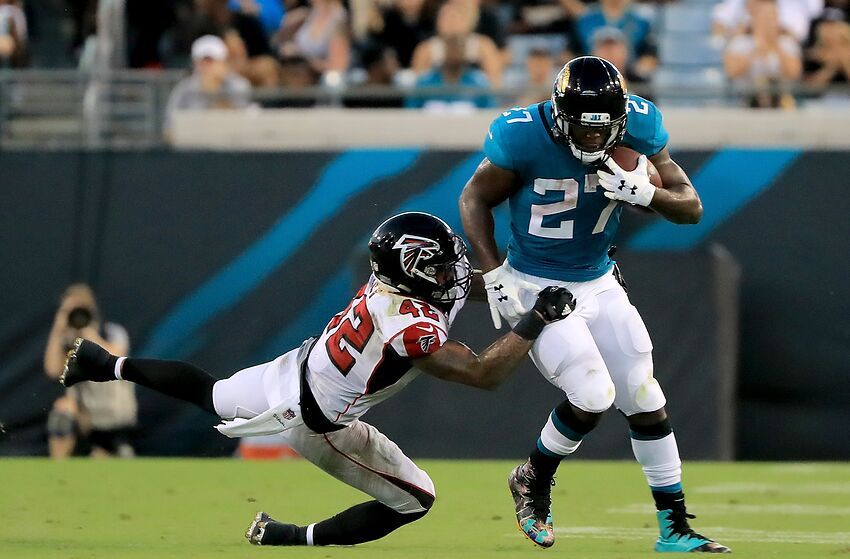 cec4b628372 Jaguars Leonard Fournette ruled out for game in London