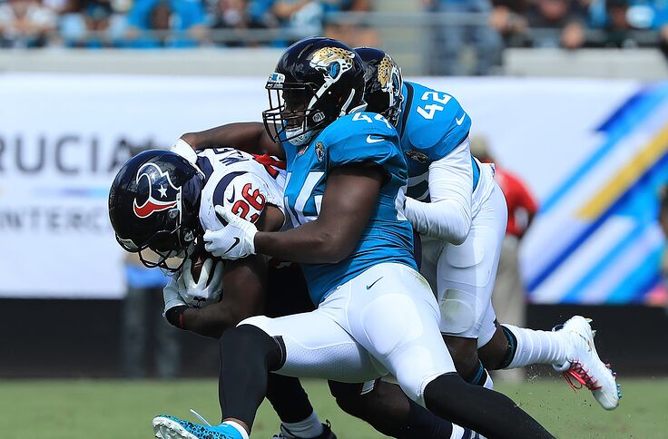 newest 80110 6c6f5 The Jaguars face the Texans in an AFC South showdown