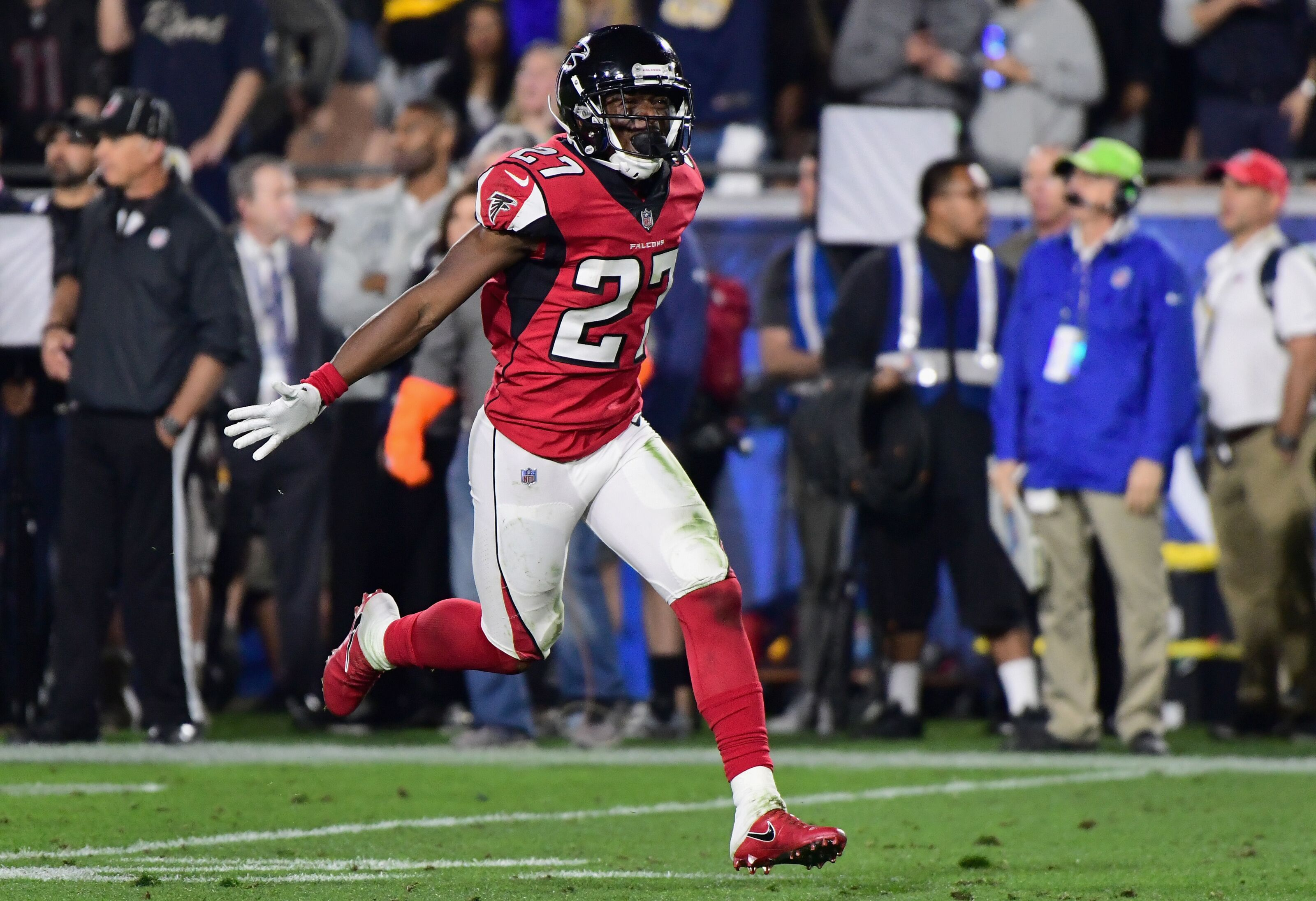 Falcons will have no problem replacing Brian Poole