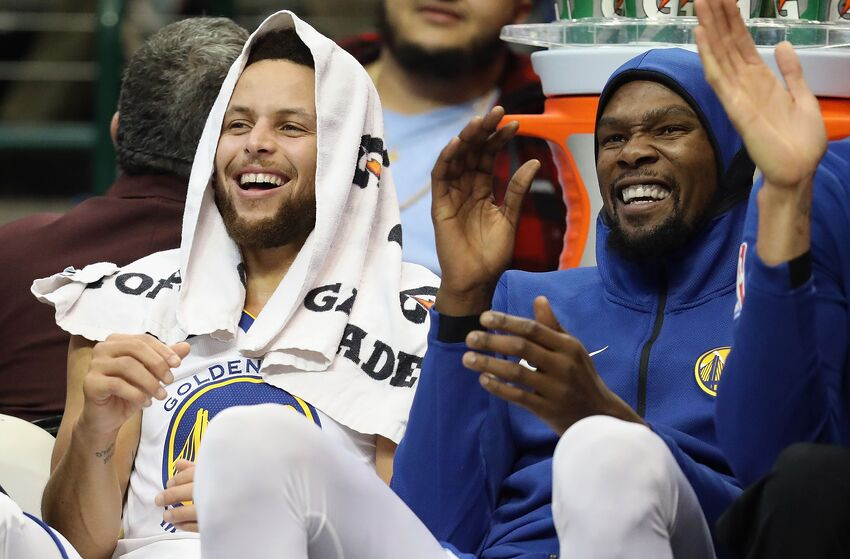 e88f0d3f9 Kevin Durant and Steph Curry Lead Western Conference All-Star Voting