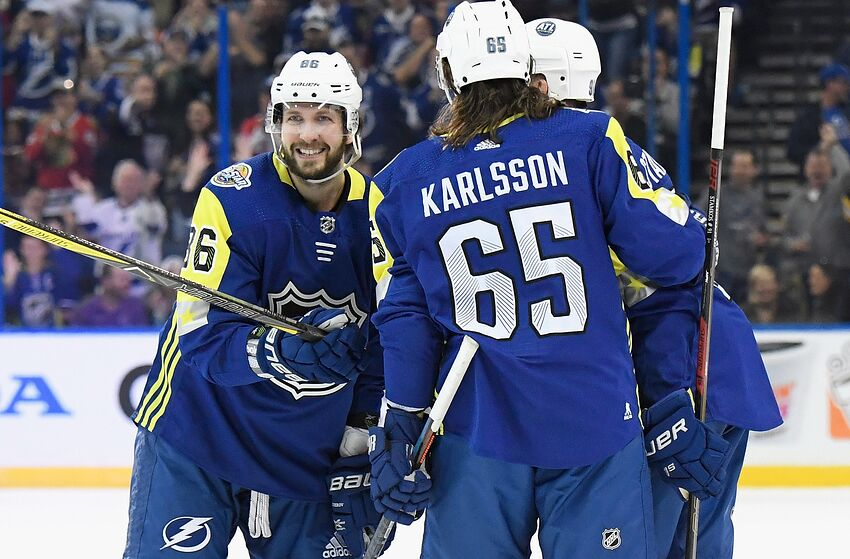 TAMPA, FL - JANUARY 28: Nikita Kucherov #86 of the Tampa Bay Lightning celebrates with Erik Karlsson #65 of the Ottawa Senators during the 2018 Honda NHL All-Star Game between the Atlantic Division and the Metropolitan Divison at Amalie Arena on January 28, 2018 in Tampa, Florida. (Photo by Brian Babineau/NHLI via Getty Images)