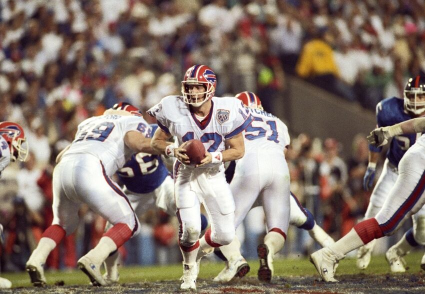 Jim Kelly Gives Harsh Opinion On Tyrod Taylor