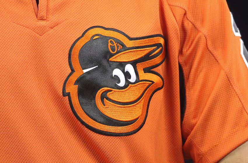 TORONTO, ON - APRIL 14: A detailed view of the Orioles logo on the warmup jersey worn by J.J. Hardy #2 of the Baltimore Orioles during batting practice before the start of MLB game action against the Toronto Blue Jays at Rogers Centre on April 14, 2017 in Toronto, Canada. (Photo by Tom Szczerbowski/Getty Images)