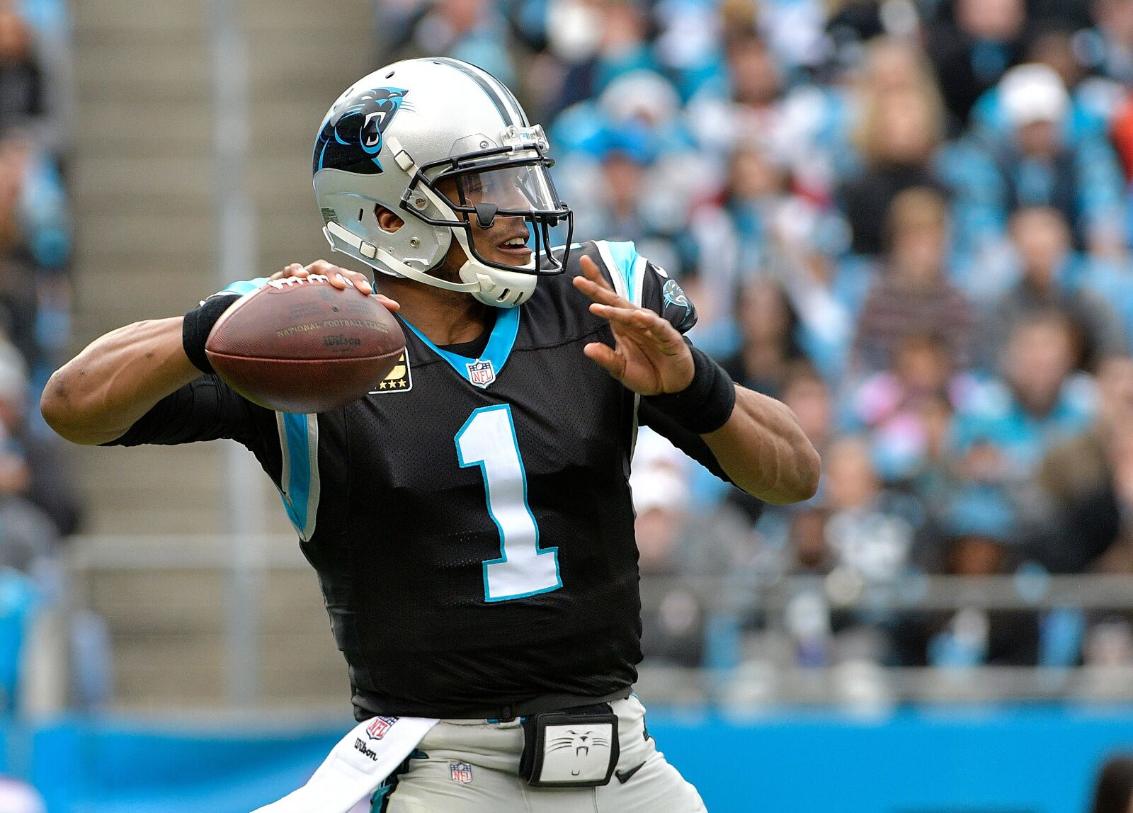 Carolina Panthers: Cam Newton facing longer layoff from throwing