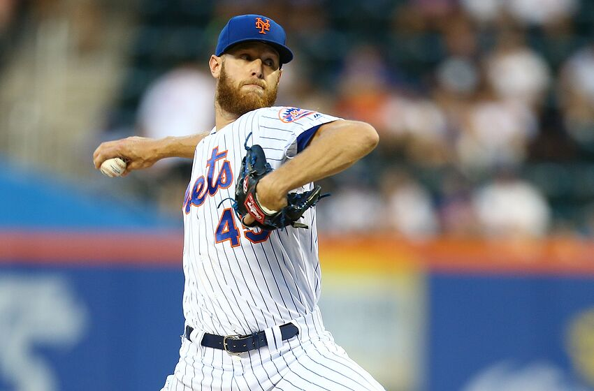 NEW YORK, NEW YORK - AUGUST 06: Zack Wheeler #45 of the New York Mets pitches in the second inning against the Miami Marlins at Citi Field on August 06, 2019 in New York City. (Photo by Mike Stobe/Getty Images)