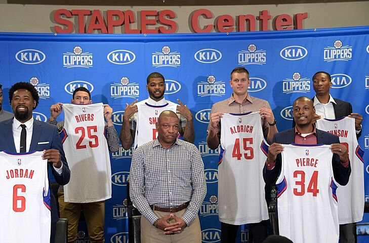 2ed245b467db Clippers News  L.A. welcomes home their own free agents