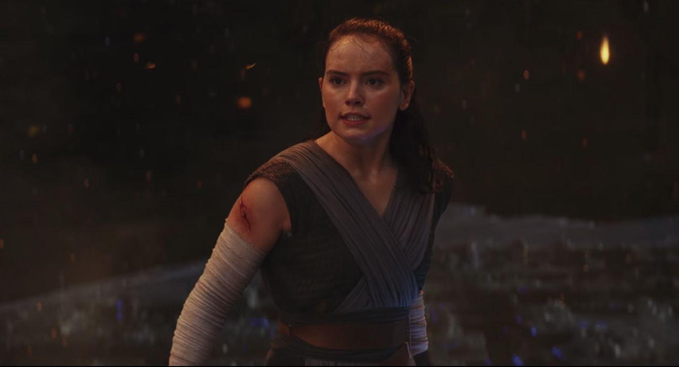 Last Jedi Wallpaper >> Star Wars fan discovers a new parallel between Rey and Kylo Ren