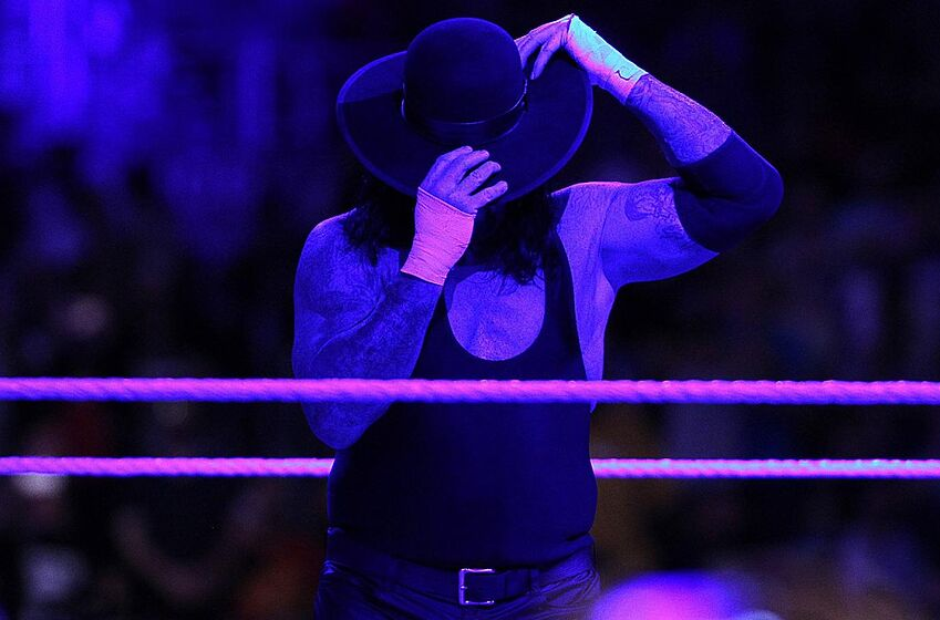WWE: It's Time For The Undertaker To Be The 'American ...