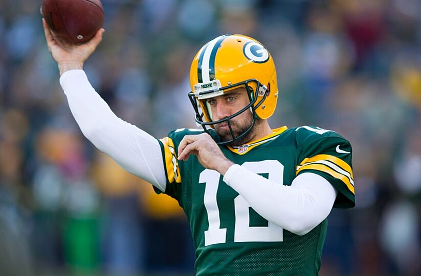 Green Bay Packers Quarterback Aaron Rodgers Has Developed A Bad Habit In His Mechanics Photo