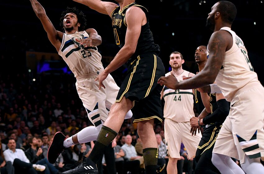 1f4ec22a157 Milwaukee Bucks  Coaches shows promise with Brown adjustment