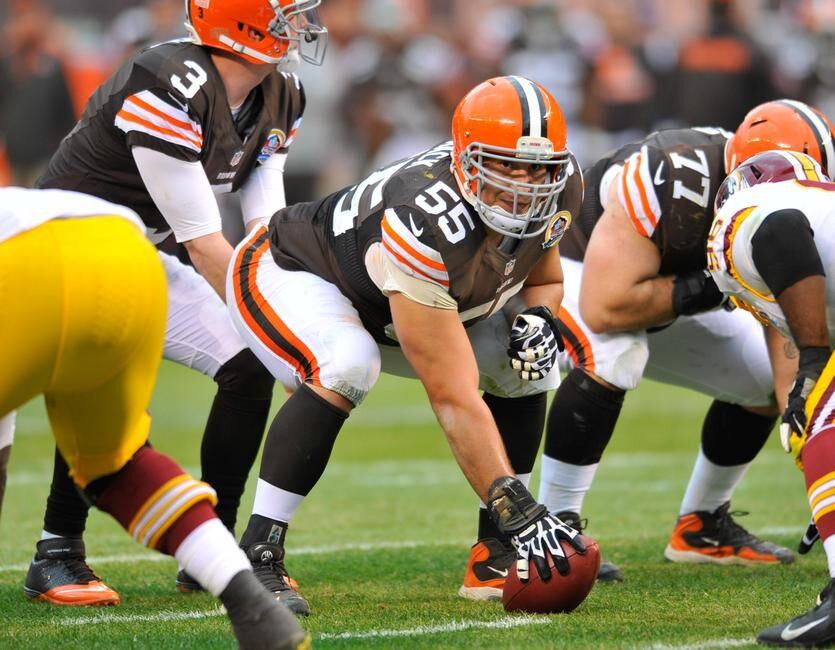Browns Alex Mack Reportedly Will Sign 5 Year Offer Sheet With Jaguars