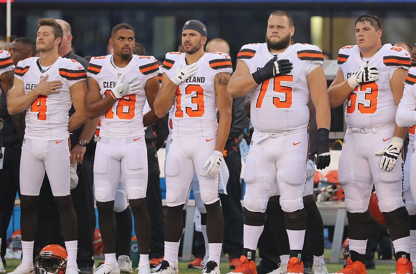 d1c7263ba EAST RUTHERFORD, NJ - AUGUST 09: The Cleveland Browns stand for the  national anthem
