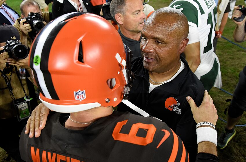 c168506c2 Cleveland Browns  Will Baker and Hue kiss and make up