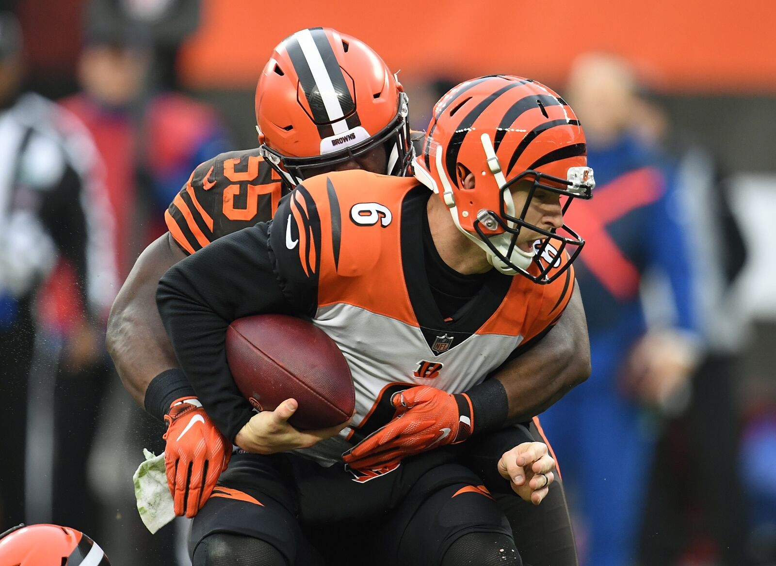 Cleveland Browns: Will Genard Avery's puzzling absence end vs. Rams?