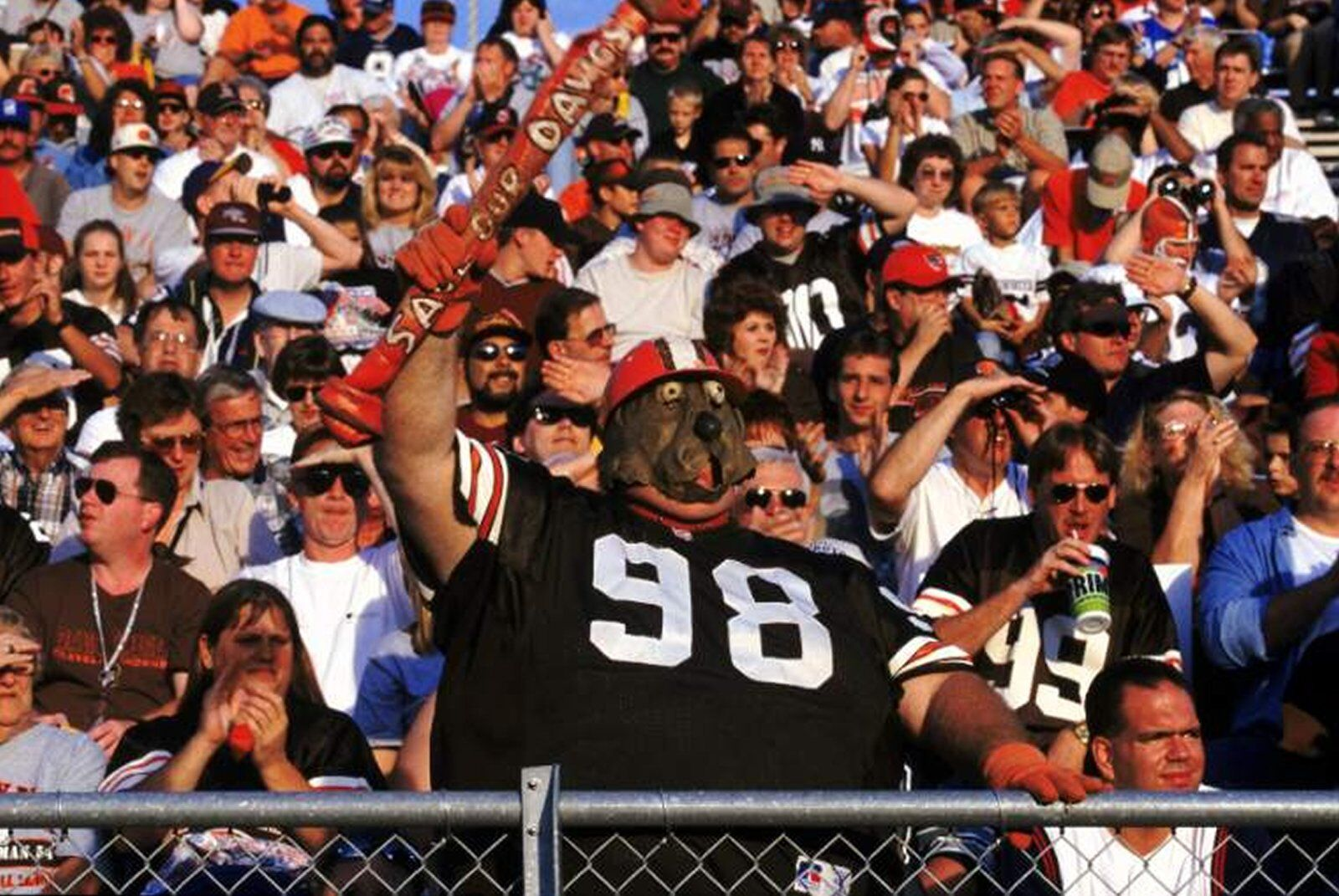 Cleveland Browns: NFL on FOX calls Cleveland fans one of the worst in NFL