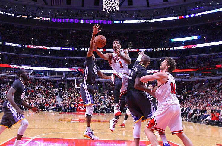 62304bbf945 Derrick Rose Speaks Volumes Without Saying A Word