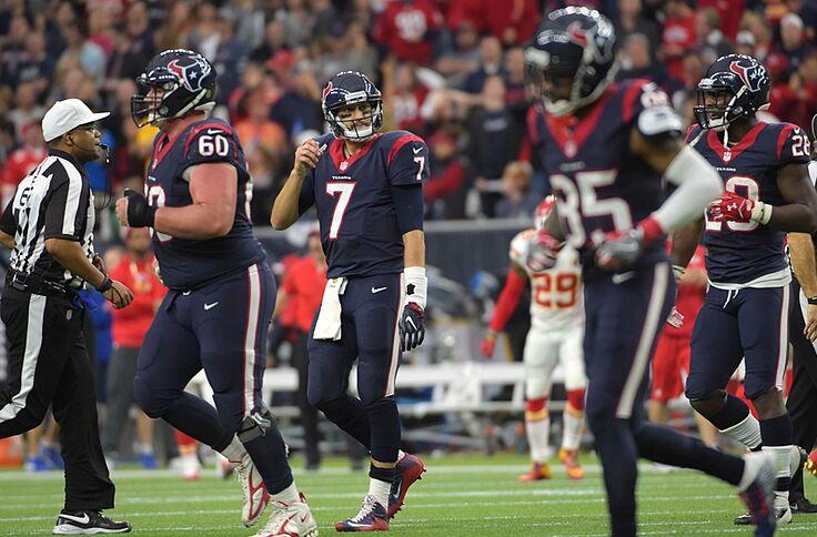 7c174f7728d Jan 9, 2016; Houston, TX, USA; Houston Texans quarterback Brian Hoyer